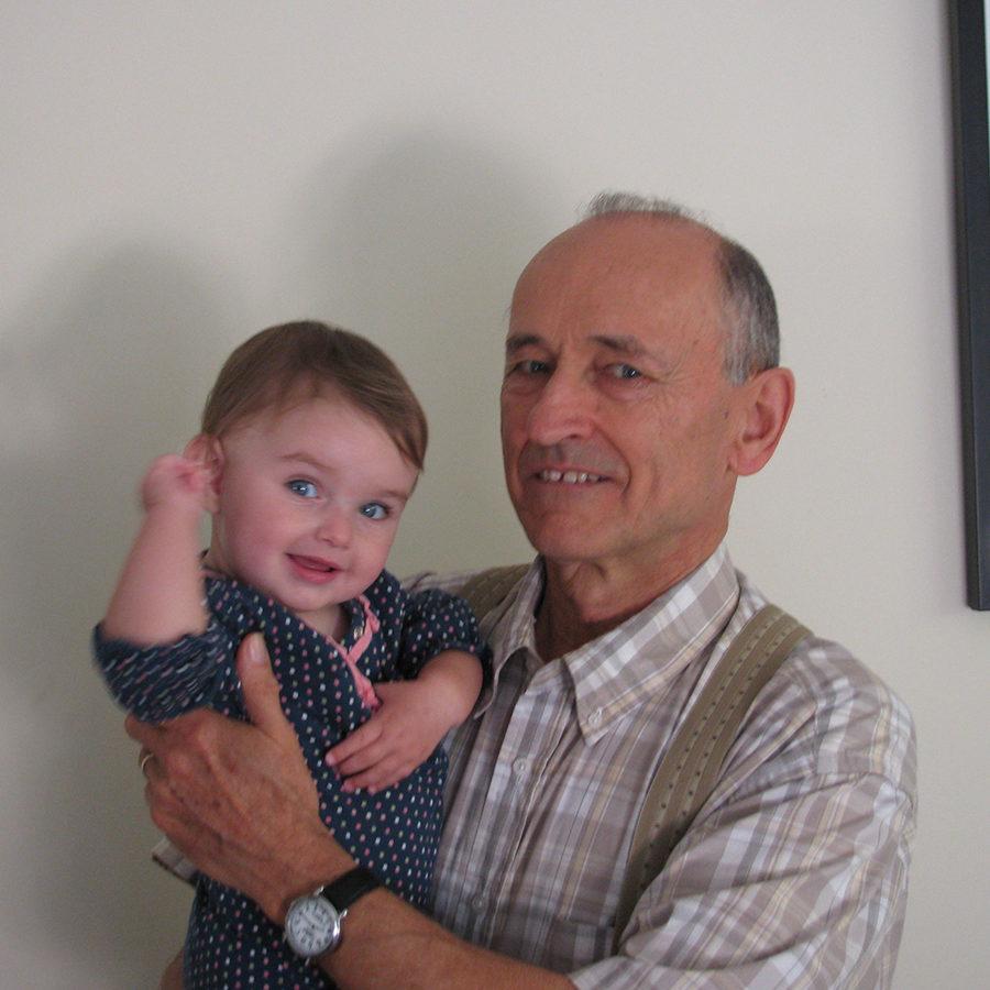 2009- Miki w Grandpa Tim 1_1200